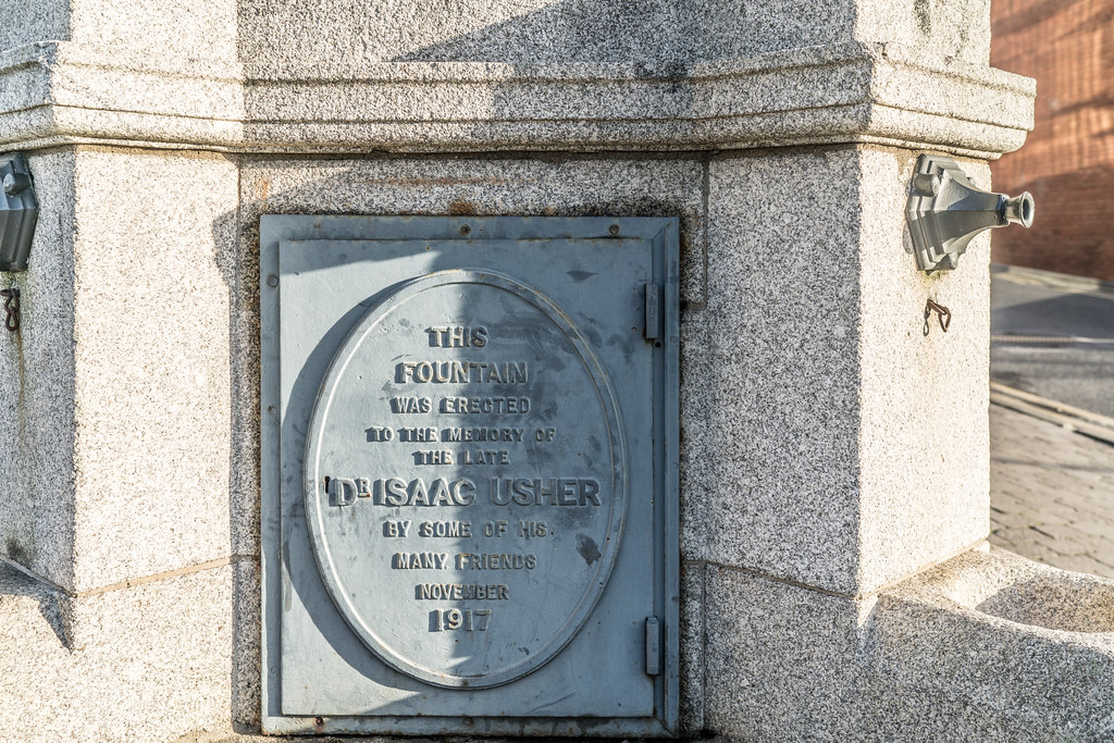 MEMORIAL TO DR. ISSAC WILLIAM USHER  006