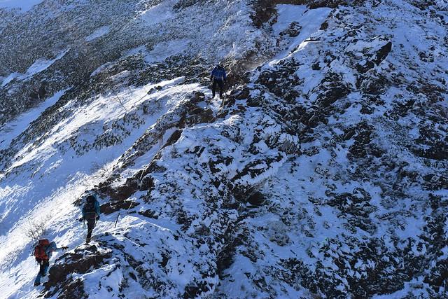 冬の赤岳登山 ナイフリッジ