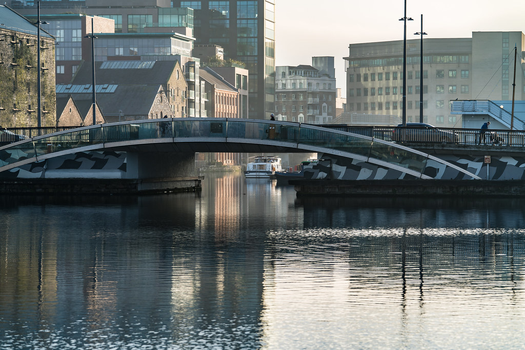 MacMAHON BRIDGE ON PEARSE STREET 002