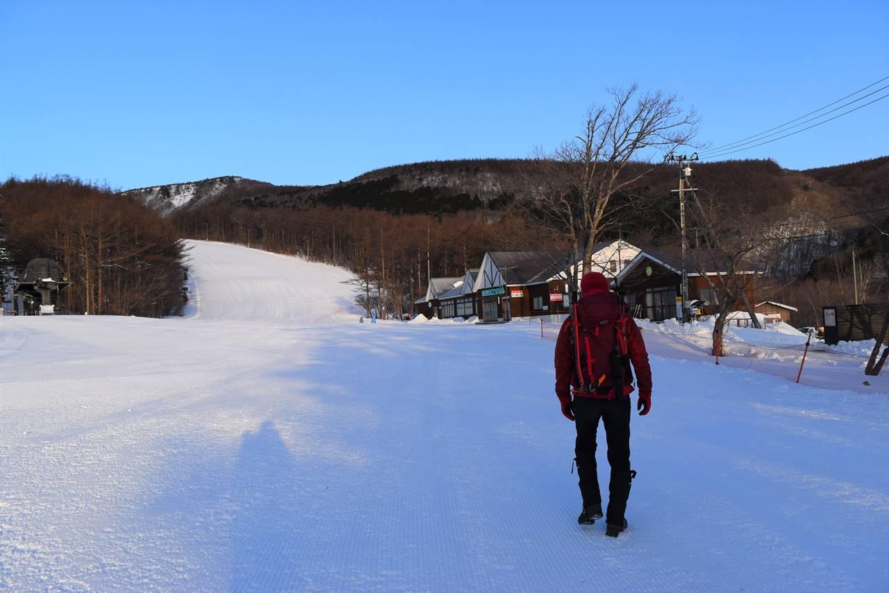 冬の安達太良山 スキー場から登山開始