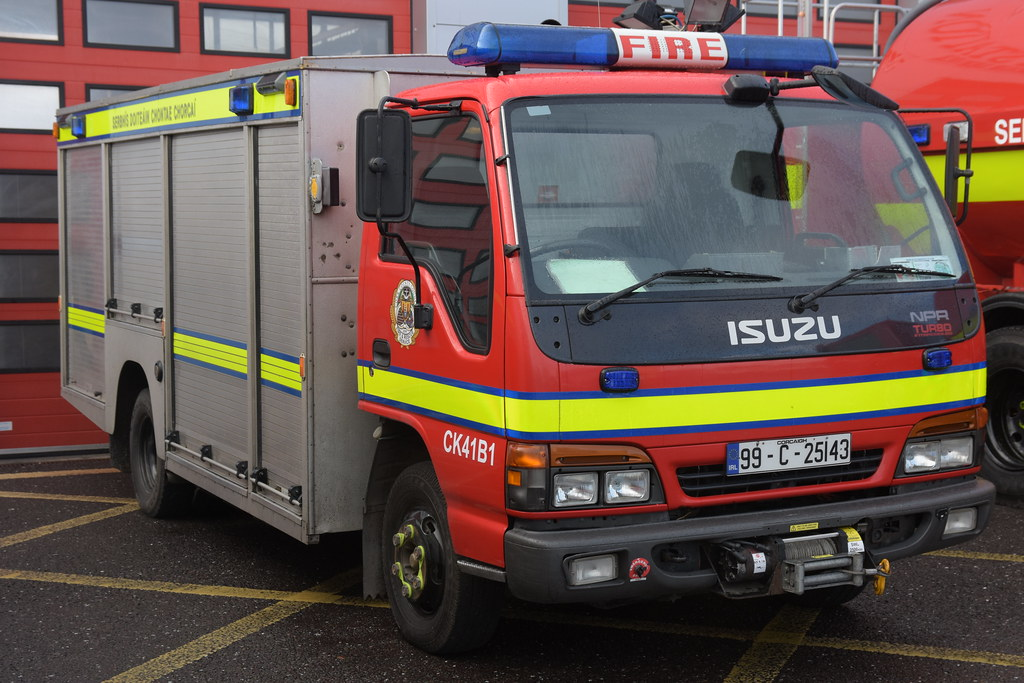 Cork County Fire Service 1999 Isuzu NPR Turbo Browns ET 99C25143
