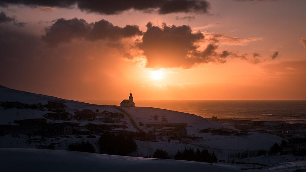 Sunrise in Vik - Iceland - Landscape photography   Check ...