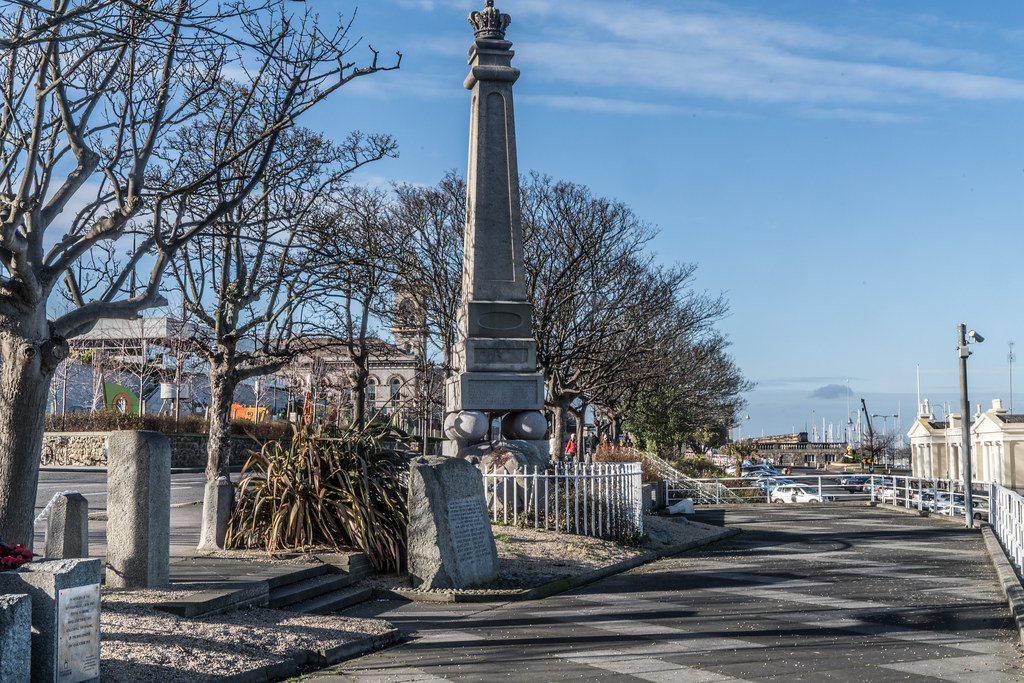 THE GEORGE IV MEMORIAL IN DUN LAOGHAIRE 006