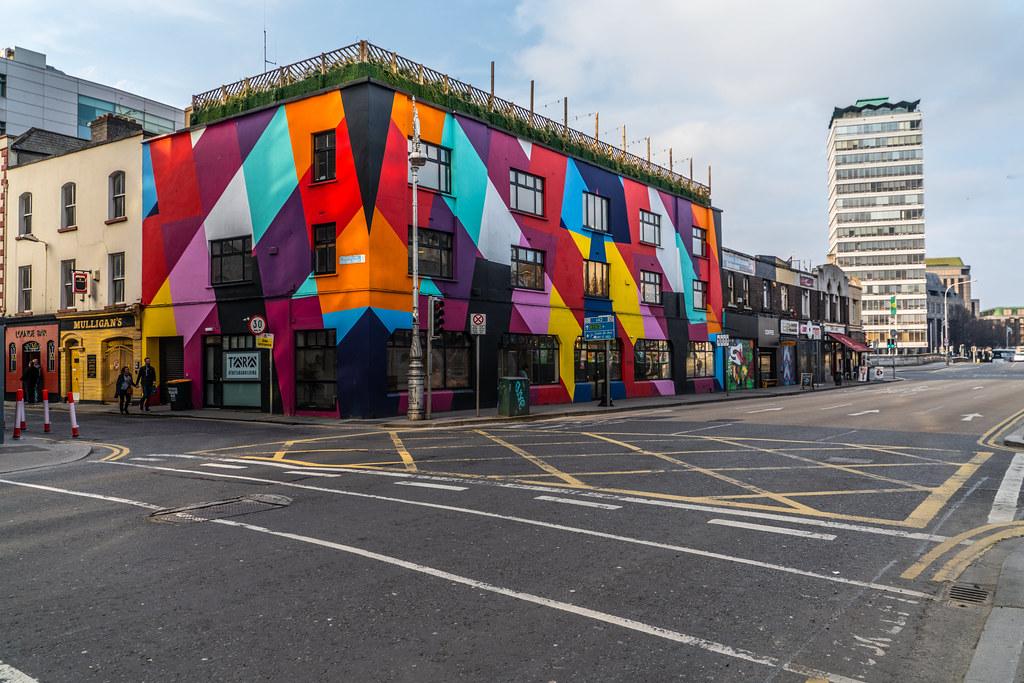 TARA STREET IN DUBLIN 001