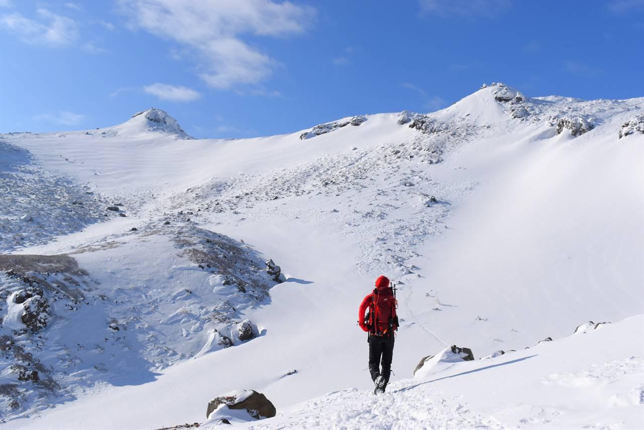 峰の辻から山頂へ