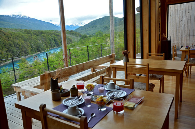 Breakfast at the BordeBaker Lodge along the Carretera Austral