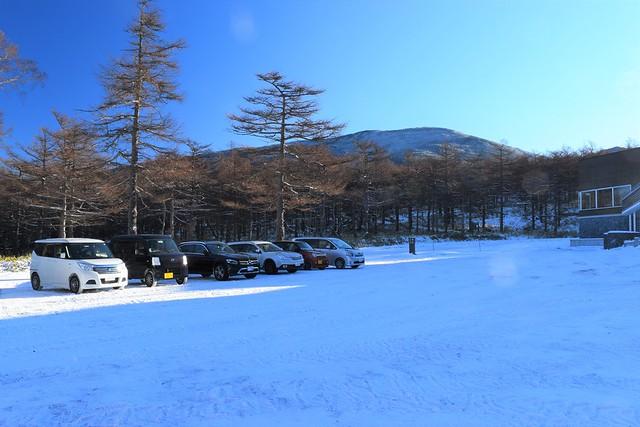 高峰高原ビジターセンター前駐車場