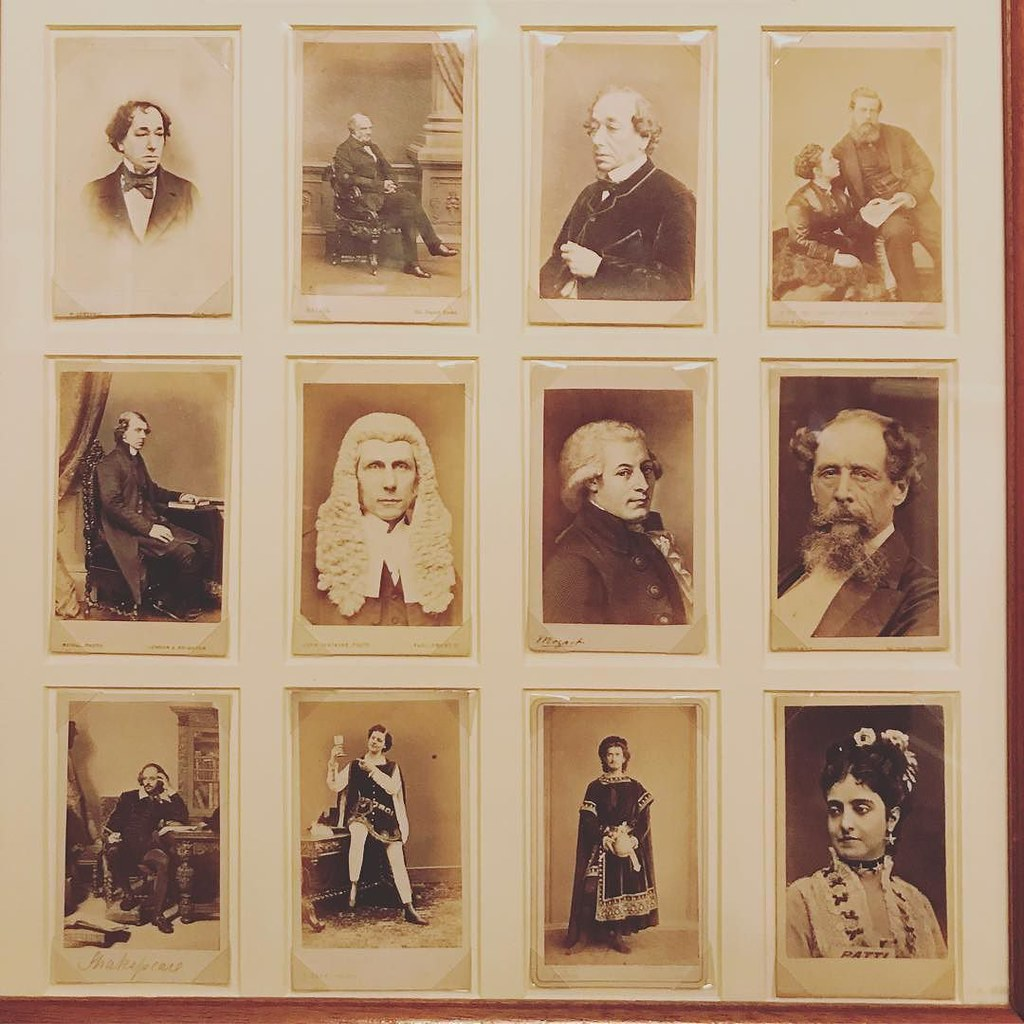 Carte De Visite These Were Very Popular A Long Time Ago An Early Form Of