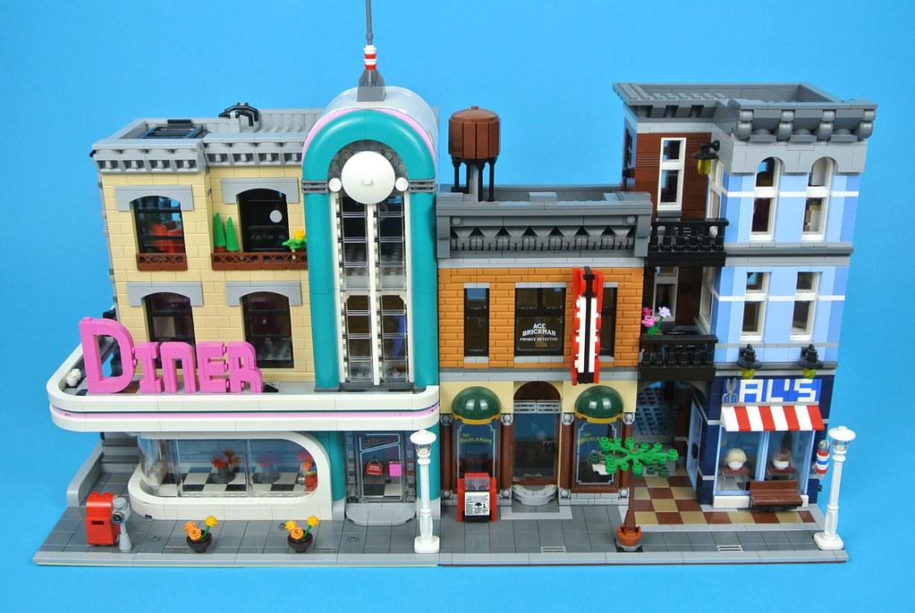Review 10260 Downtown Diner 2 Brickset Lego Set