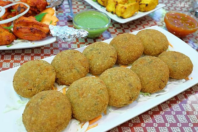 25436706758 4e88fb7cd4 b - 熱血訪採 | Sree India Palace  斯里印度餐廳,道地印度主廚坐鎮真的超好吃,公益路巷弄內的異國隱藏版!