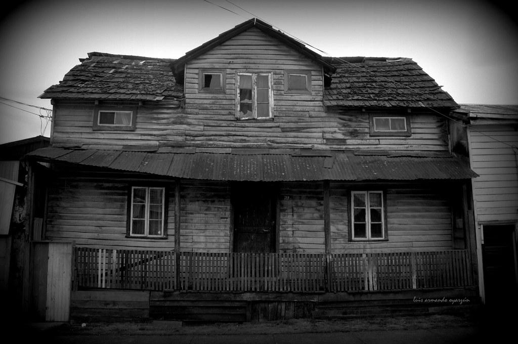 Casa abandonada foto tomada en barrio rahue osorno chile luis armando oyarzun flickr - Casa de fotografia ...