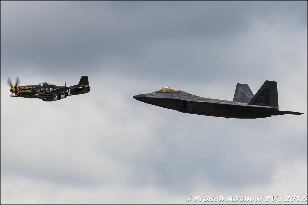 USAF Heritage Flight : North American P-51B MUSTANG & Lockheed Martin F-22A RAPTOR , Royal International Air Tattoo 2017 , Air Tattoo – RIAT 2017 , Fairford , UK Airshow Review 2017 , Meeting Aerien 2017