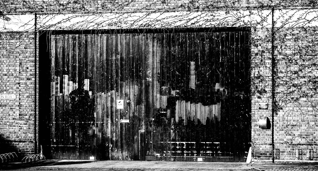 Garage Door Cambridge Glisson Road That Petrol Emotion Flickr