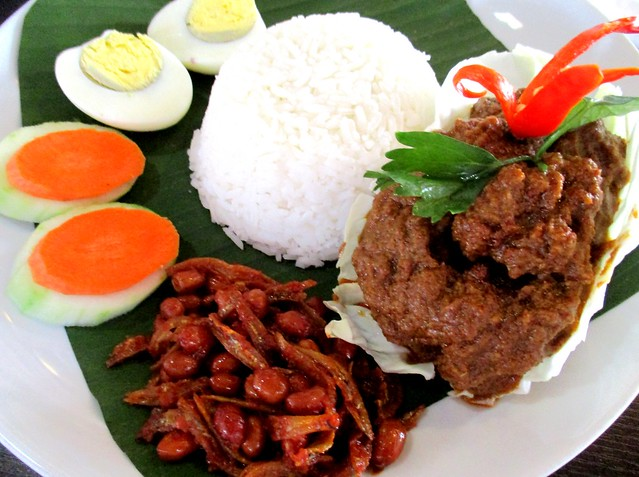 Cafe IND beef rendang with rice