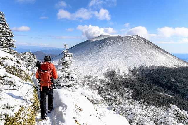 【浅間山】黒斑山~蛇骨岳 浅間プリンと樹氷を望む日帰り雪山登山