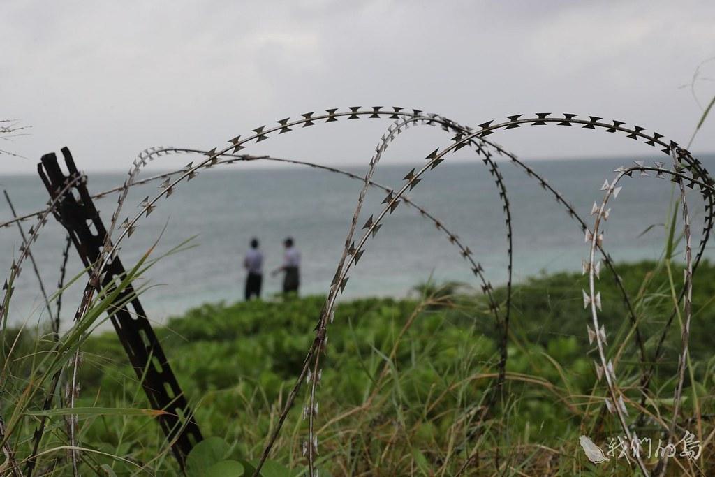 933-1-1從開採鳥糞、軍事占領、毒電炸海洋資源到嘗試觀光,圍繞在南中國海的各國,都想利用東沙。