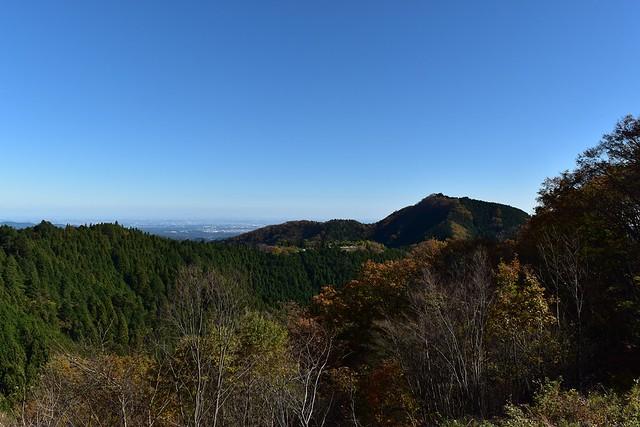 御岳山から見る日の出山