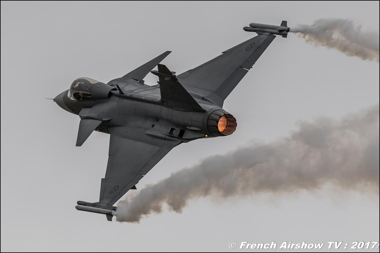 Saab JAS 39 Gripen , griffon , sweden, Suede , JAS 39 Solo Display , Royal International Air Tattoo 2017 , Air Tattoo – RIAT 2017 , Fairford , UK Airshow Review 2017 , Meeting Aerien 2017