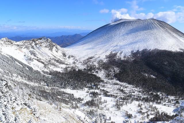 外輪から眺める浅間山
