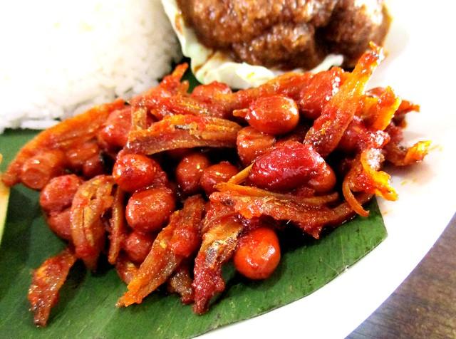 Cafe IND kacang & ikan bilis