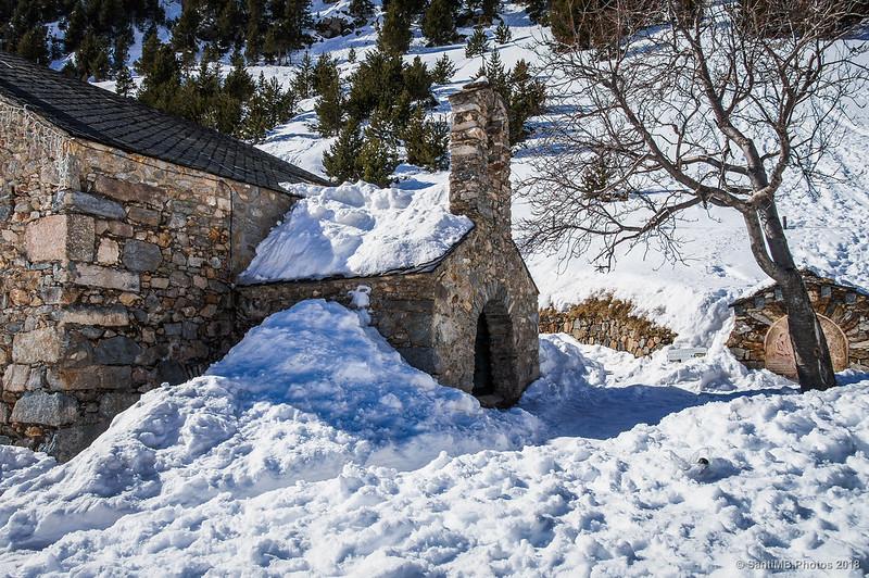 Primera ermita de Sant Gil en Núria
