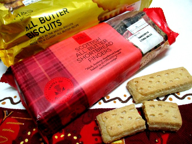M&S all butter biscuits and shortbread fingers
