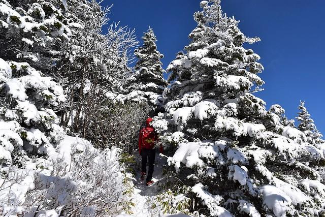 雪の黒斑山 蛇骨岳へ