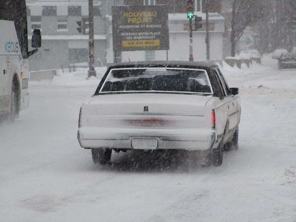 1980 1989 Lincoln Town Car Ii 666 Njd Quebec Ca 25 De Flickr