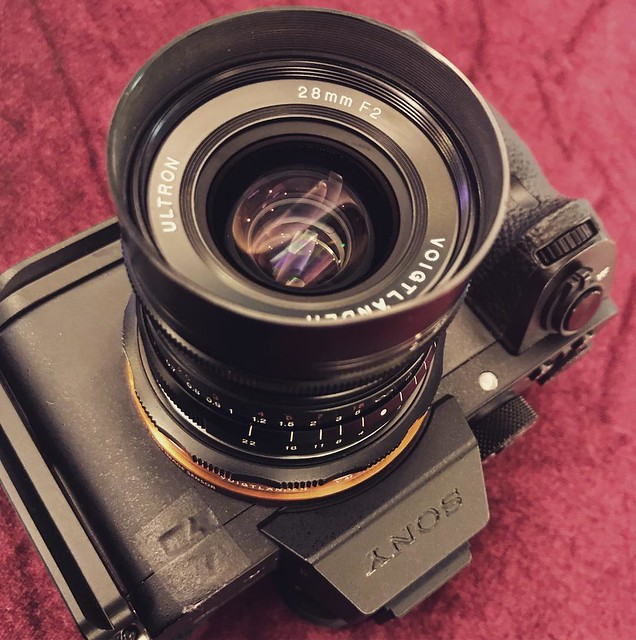 Voigtlander 28mm f2 A7R2試玩