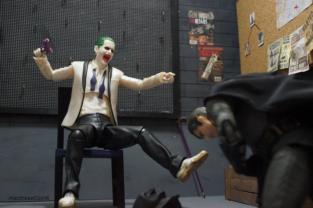 mafex suicide squad joker and batman