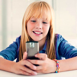 Мобильный телефон для ребенка