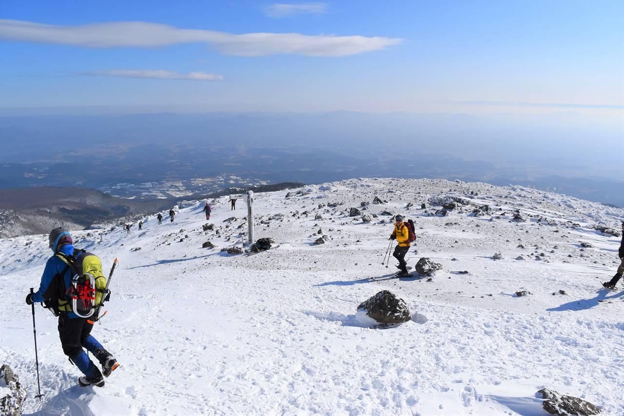 安達太良山山頂の標識
