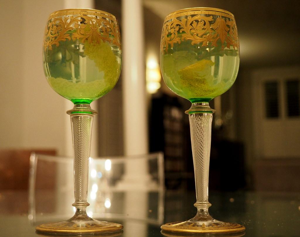 Dating antique glassware