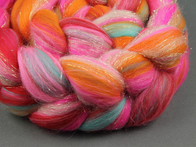 Rebel Blend extra fine Merino and Stellina combed top/roving spinning fibre 125g – 'Mumbai'