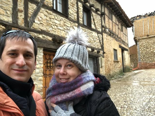 Sele y Rebeca en Calatañazor (Soria)