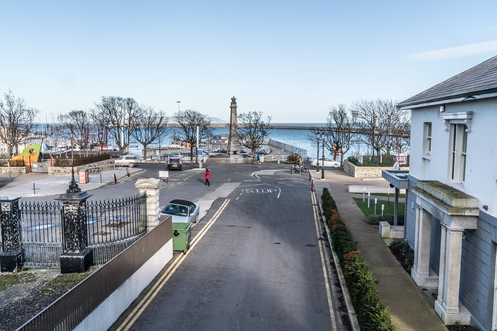 THE GEORGE IV MEMORIAL IN DUN LAOGHAIRE 002