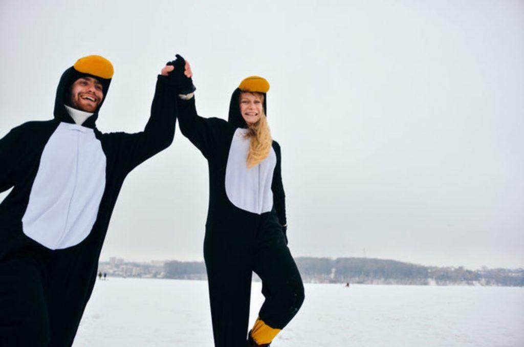penguins-celebrate