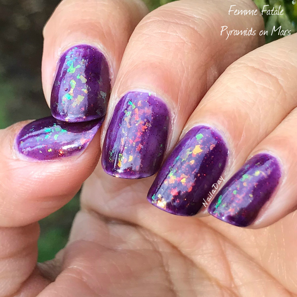 NailaDay: Femme Fatale Pyramids On Mars