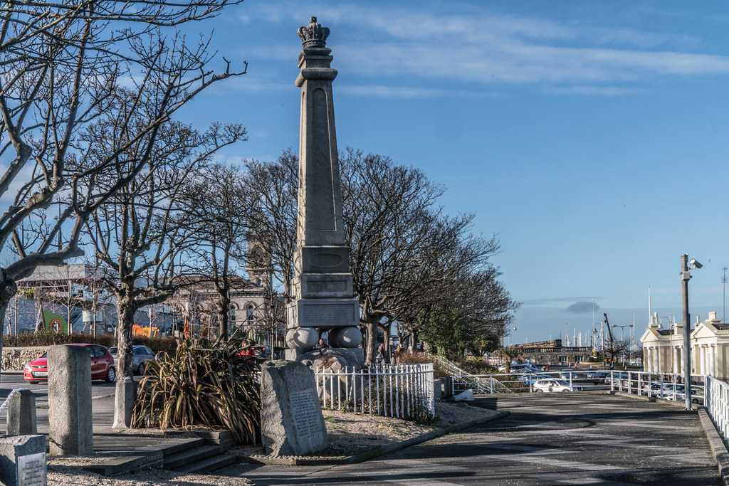 THE GEORGE IV MEMORIAL IN DUN LAOGHAIRE 005