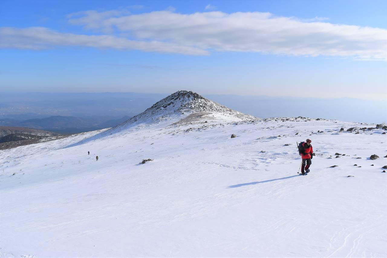 冬の安達太良山登山