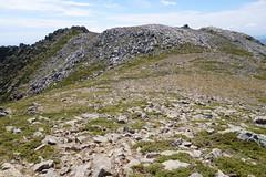 Sommet de Punta di u Furnellu : vue du sommet 1897m et de la crête du Furnellu (photo Georges Welterlin)