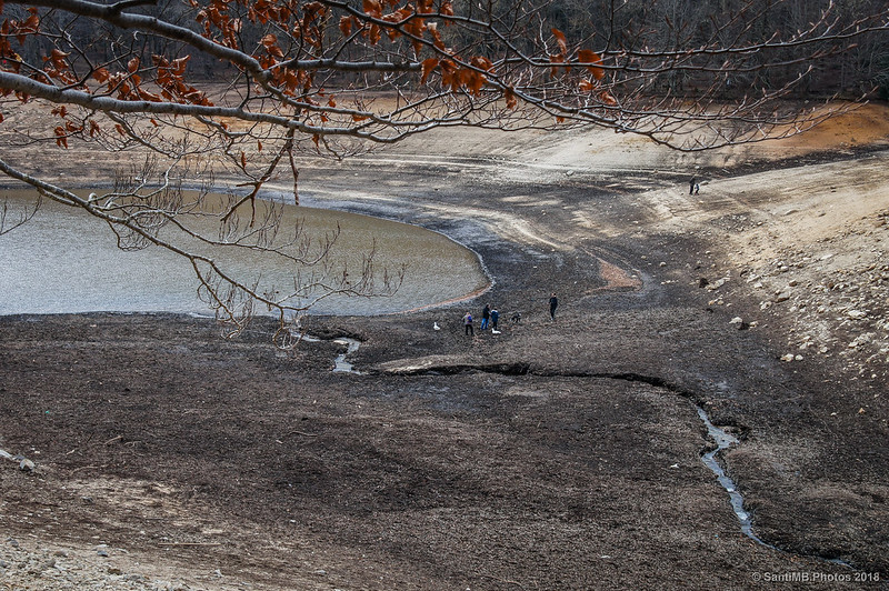 Pantano de Santa Fe casi seco