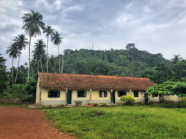 Edificio colonial en isla de Rolas (Santo Tomé y Príncipe)