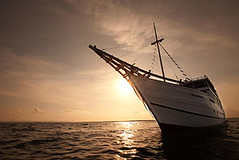 viaje de buceo indonesia komodo barco
