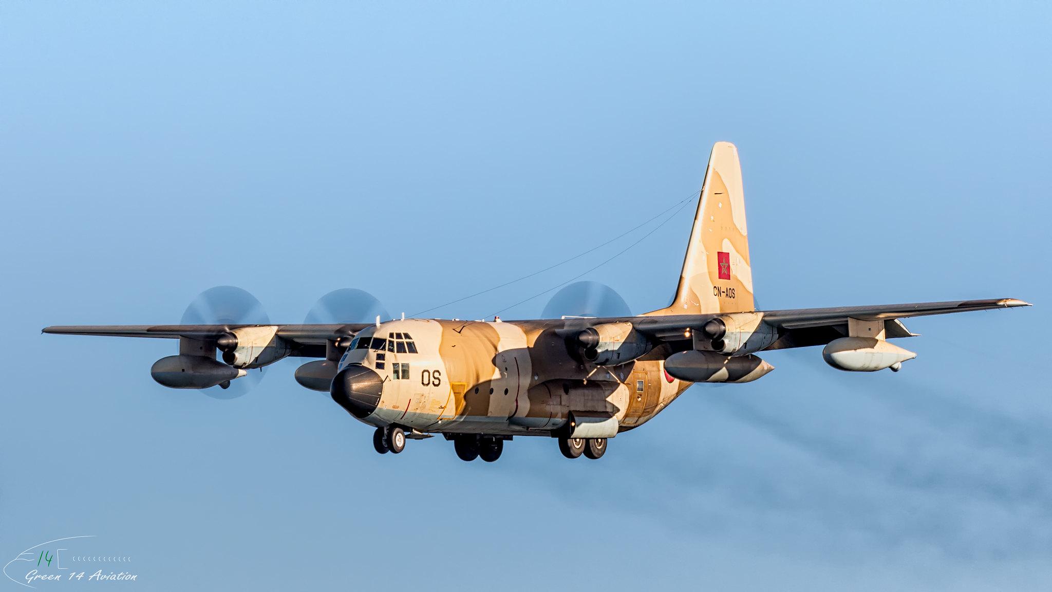 FRA: Photos d'avions de transport - Page 37 27843139149_8a5324f7e2_k