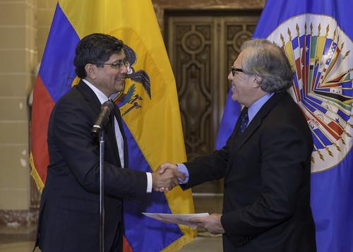 New Permanent Representative of Ecuador to the OAS Presented Credentials