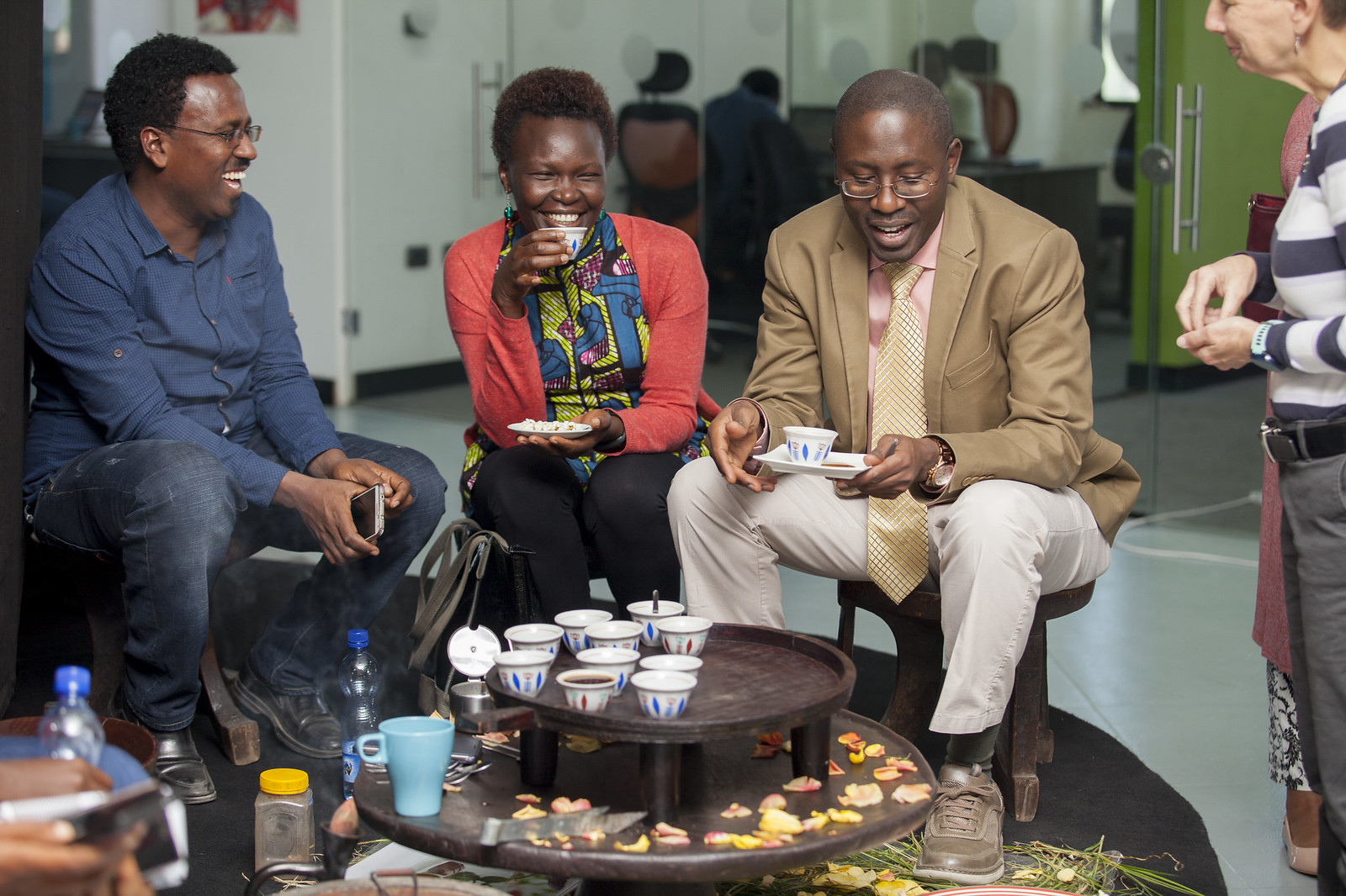 Participants in the YALI program enjoy traditional African tea