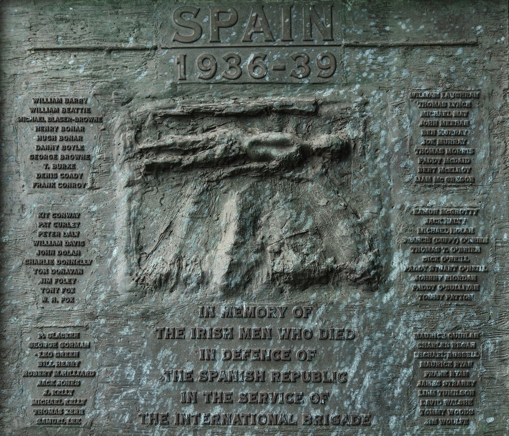 SPANISH CIVIL WAR MEMORIAL AT LIBERTY HALL 001