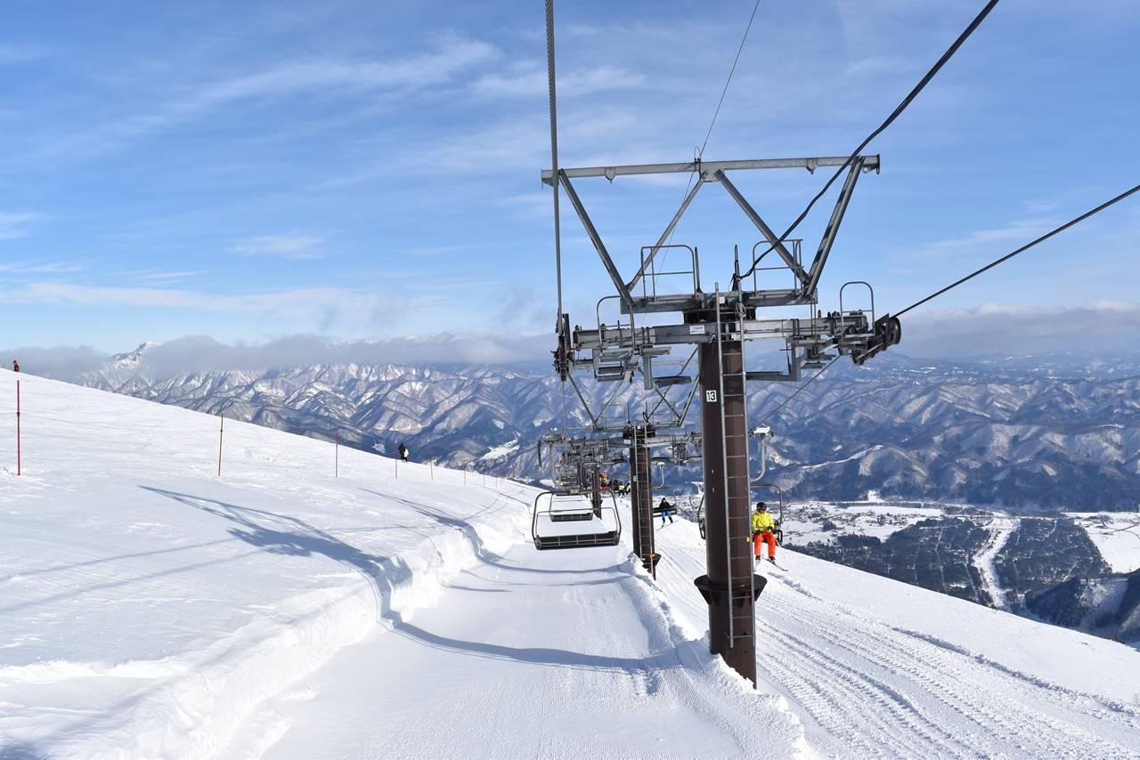 白馬八方スキー場リフトで下山