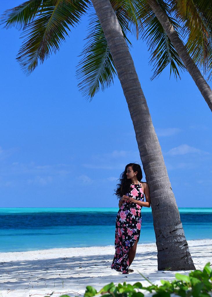 Posando frente al mar de Cayo Levisa